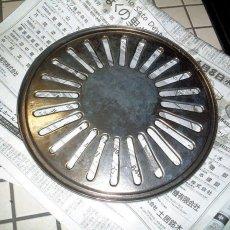 【4】数時間浸漬した後、軽くブラシなどで水洗いし洗浄完了です。
